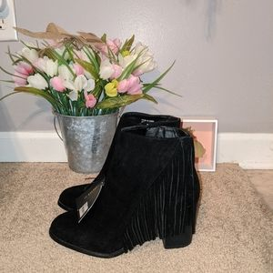 NWT Forever 21 Side Fringe Ankle Heel Booties
